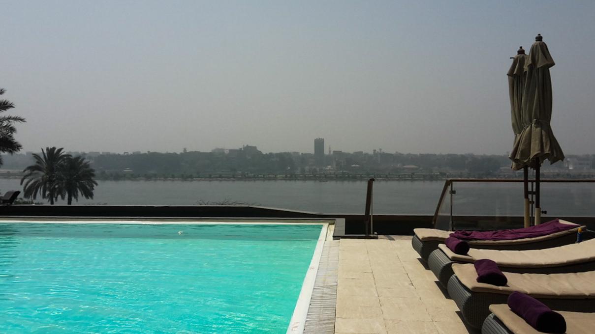 Kairo_Cairo_Ägypten_Pool